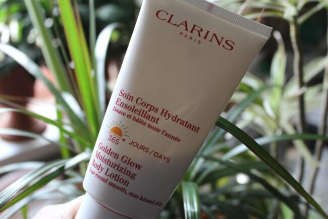 Clarins Golden Glow Moisturizing Body Lotion 365 Days